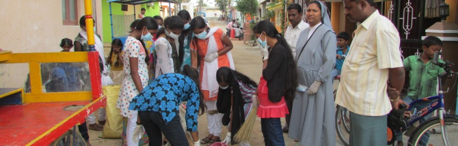 Youth of Kaverinagr in Action- cleanliness campaign